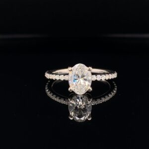 #R101-974000 1.01 Oval Diamond Engagement Ring G color SI1 clarity certified by GIA!
