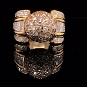 #DD1 972500 18K Dome Ring With Diamonds