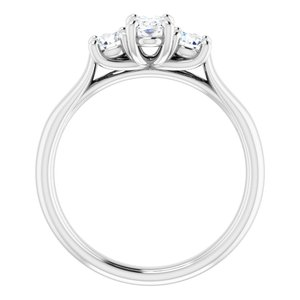 #122105:530 14K White 6×4 mm Oval Engagement Ring Mounting