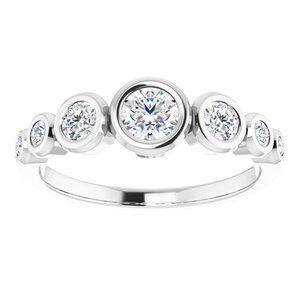 124658 104 14K White 4.1 mm Round Engagement Ring Mounting 3
